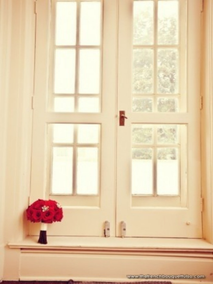 red rose double window