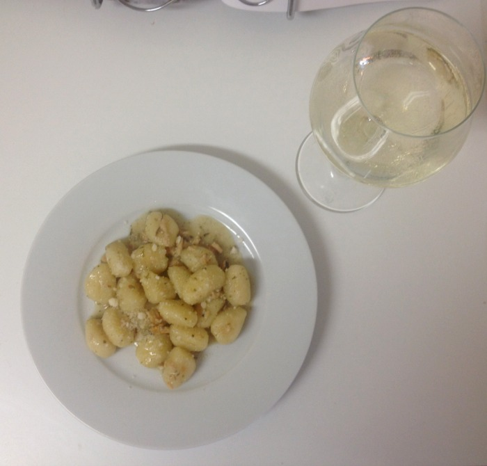 DC Girl in Pearls | Gnocchi with Clam Sauce
