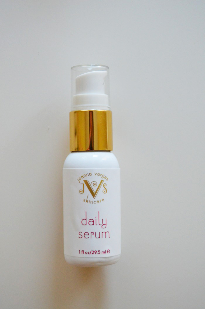 Joanna Vargas Daily Serum - DC Girl in Pearls
