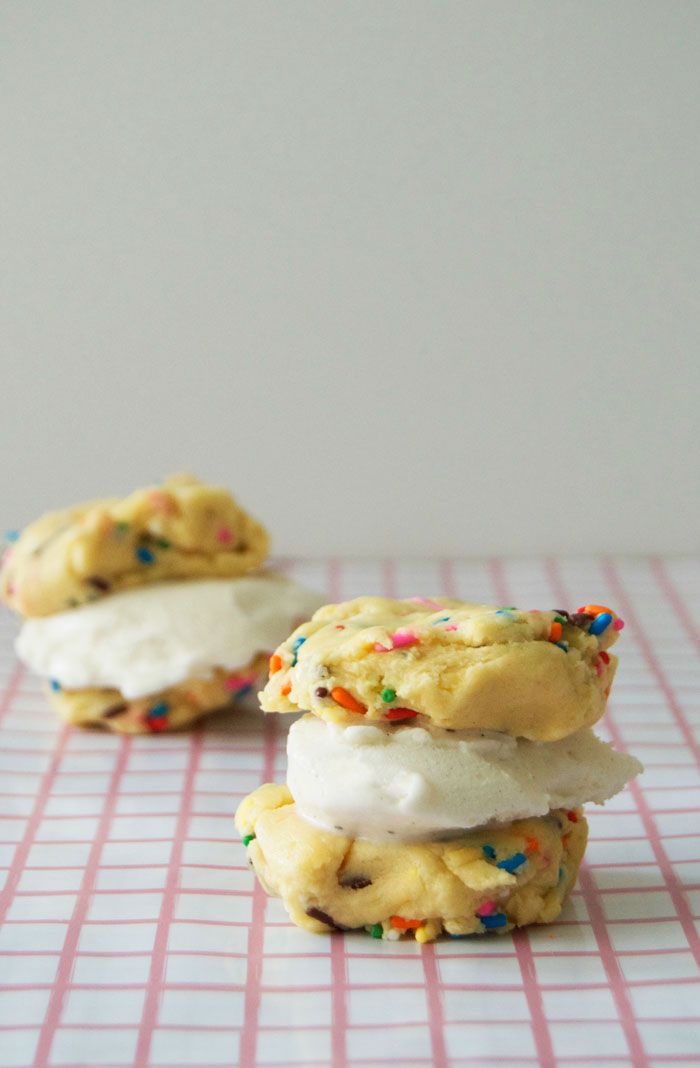 Edible Funfetti Cookie Dough | dcgirlinpearls.com