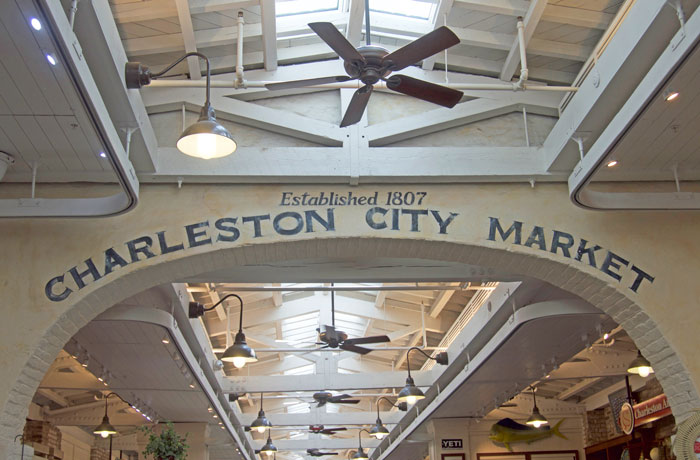 Charleston City Market | dcgirlinpearls.com
