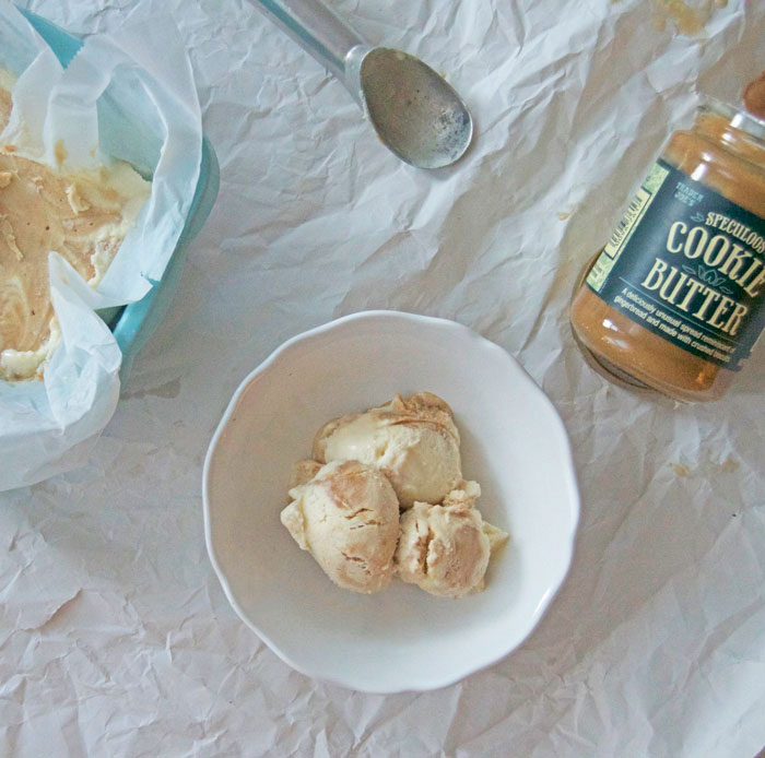 No Churn Cookie Butter Ice Cream | dcgirlinpearls.com
