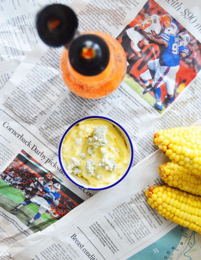 Buffalo Wing Corn on the Cob: Perfect for tailgating this weekend! | dcgirlinpearls.com