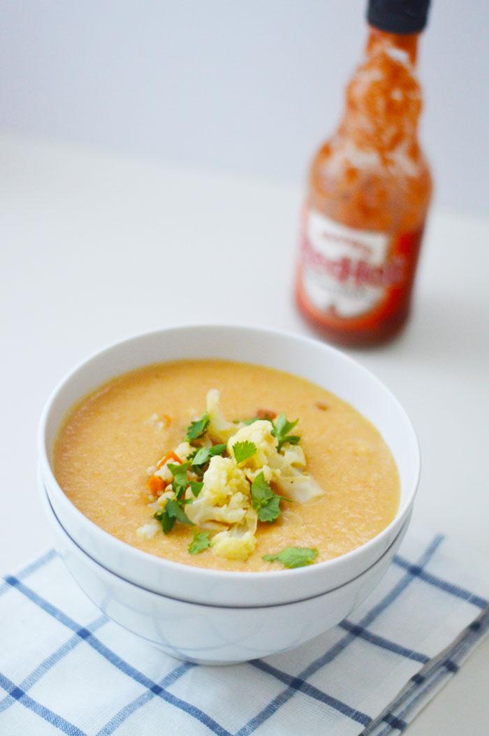 Buffalo-Cauliflower-Soup-4