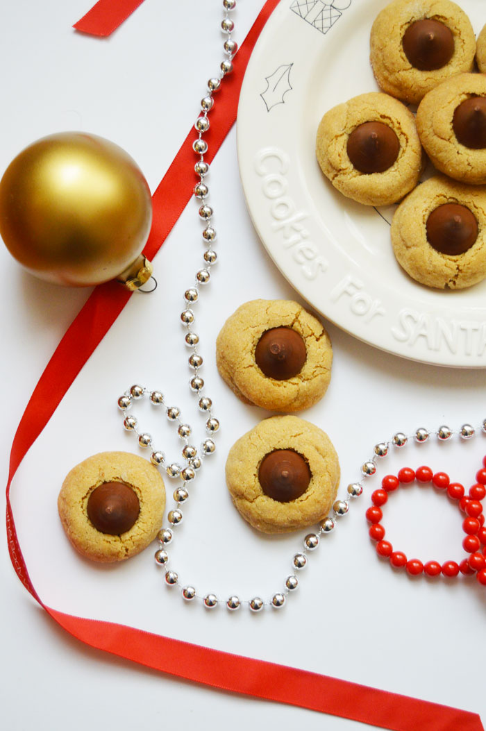 Perfect Peanut Butter Blossoms - great for Christmas cookie exchanges! | dcgirlinpearls.com