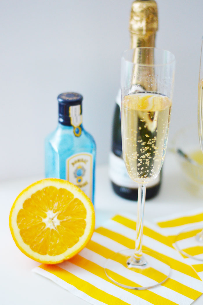 French 75: A crisp, citrus cocktail | dcgirlinpearls.com