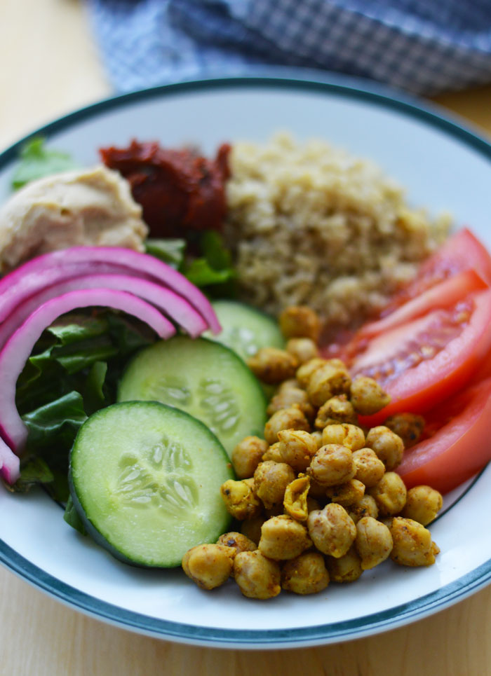 Greek Buddha Bowl with Spicy Roasted Chickpeas | dcgirlinpearls.com