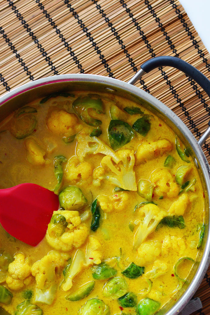 30 Minute Curry Recipe | dcgirlinpearls.com