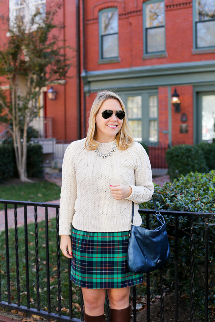 Christmas Holiday Outfit Inspiration | dcgirlinpearls.com
