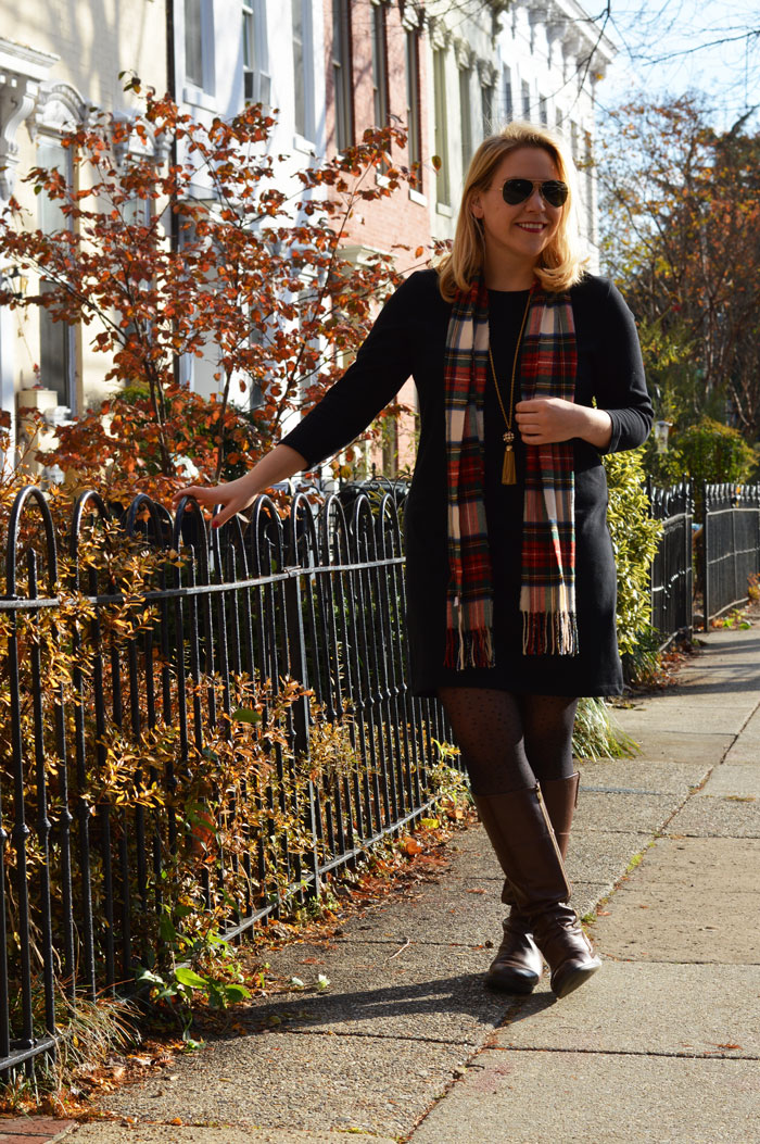 Casual Holiday Winter Outfit | dcgirlinpearls.com