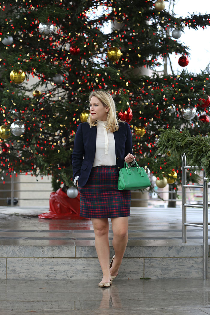 DC Girl in Pearls Holiday Outfit | dcgirlinpearls.com
