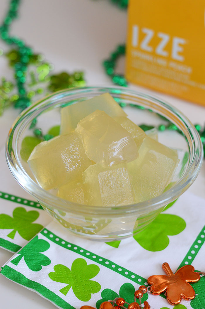 IZZE St. Patrick's Day | @dcgirlinpearls