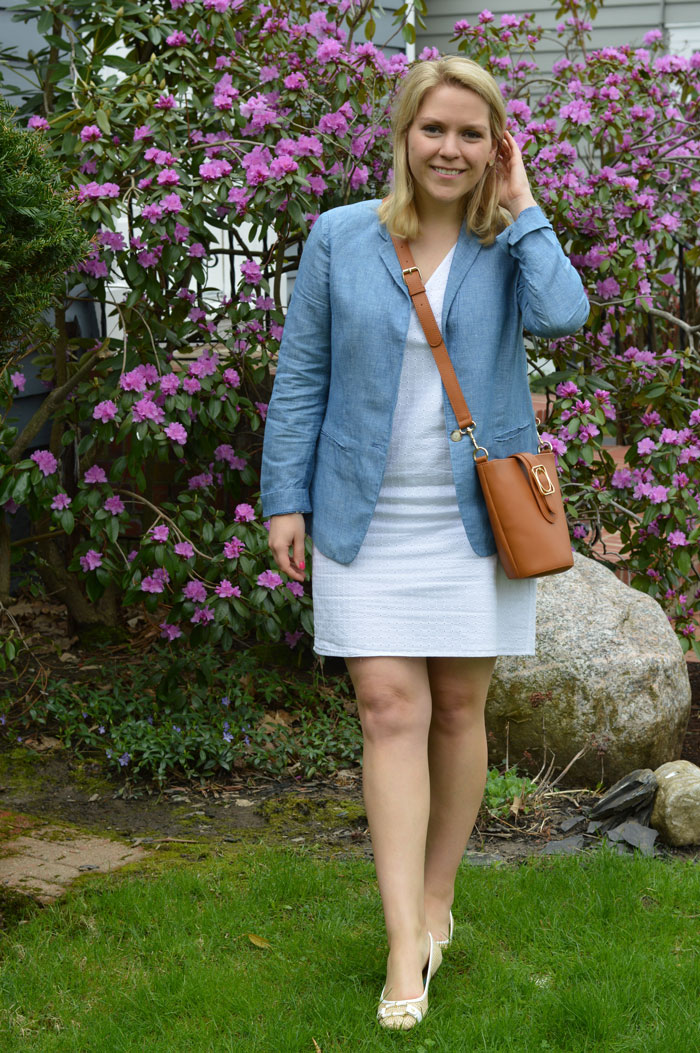 Chambray Blazer and White Eyelet Dress | @dcgirlinpearls