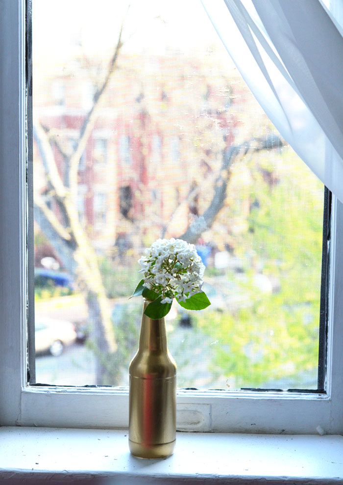 DIY Flower Vase | @dcgirlinpearls