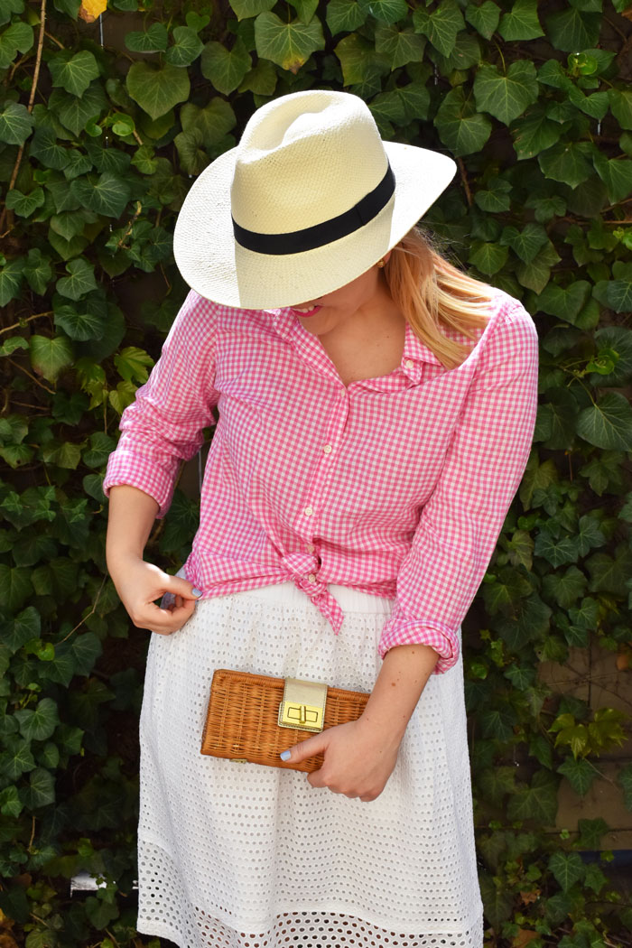 Panama Hat and Rattan Clutch | @dcgirlinpearls