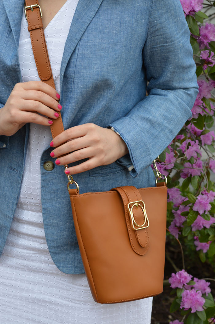 Talbots Square and Oval Bucket Bag | @dcgirlinpearls