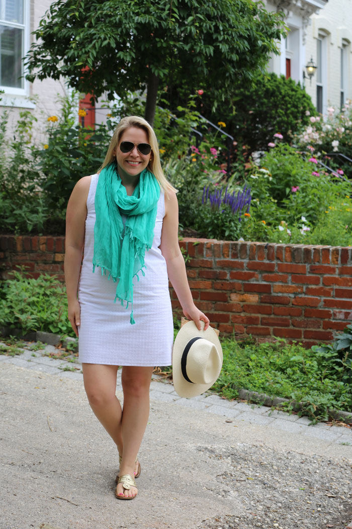 White Eyelet Dress | @dcgirlinpearls