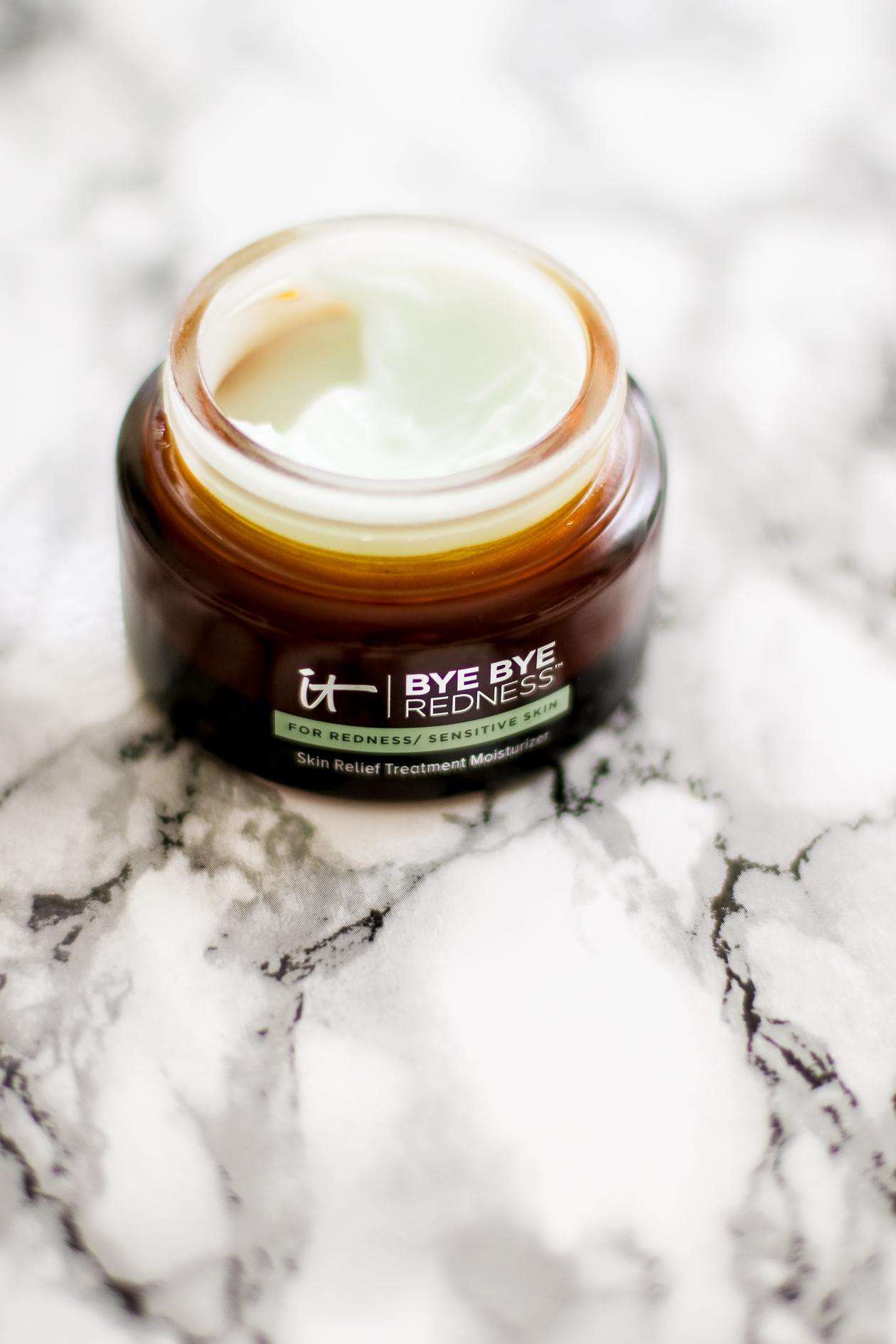 IT Cosmetics Bye Bye Redness | @dcgirlinpearls